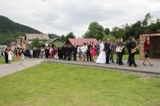 Hniezdne svadba